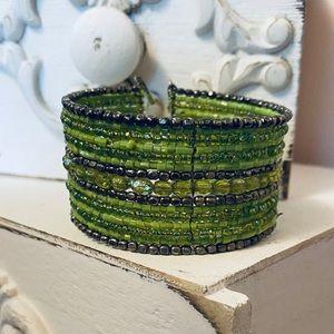 Bracelet 💚Pretty Beaded Green BoHo Cuff